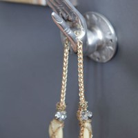 The Fearless Hand Wall Hook - Apartment