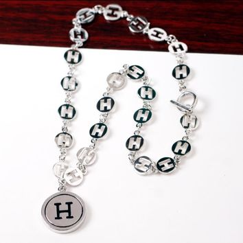 Hermes Fashion New More H Letter Necklace Women Accessories