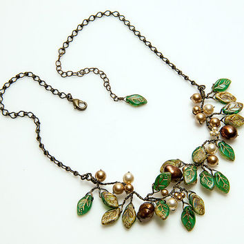 Winter Brown Green Rustic Bridal Necklace set with Dangle Earrings, Green Beaded Necklace of Leaves and Pearls, Gift For Her