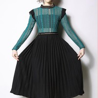 2019 New arrival Chiffon Lace Dress Elegant Women Long Sleeve Pleated Lace Dress Hollow out Green Black Runway Patchwork Dress-in Dresses fr
