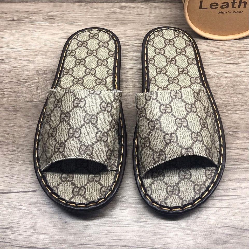 Image of Dior GG men's and women's non-slip wear-resistant slippers shoes