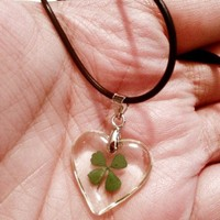4 Leaf Lucky Clover Necklace Heart Shaped Pendant