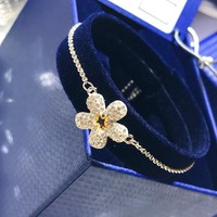 DCCK S038 Swarovski TOUGH Fresh Flower Adjustable Bracelet Women's Accessories