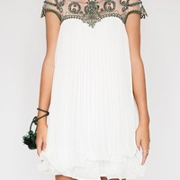 Beaded pleated dress - Shop the latest Fashion Trends