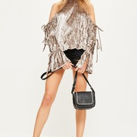 Missguided - Nude Velvet Tie Sleeve Detail Sleeve Sweater
