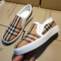 BURBERRY Slip-On Newest Fashion Women Casual Plaid Flats Shoes Sneakers Sport Shoes