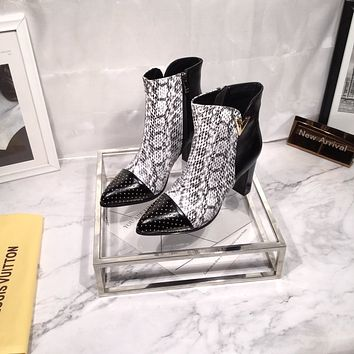 lv louis vuitton trending womens men black leather side zip lace up ankle boots shoes high boots 2