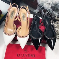 Valentino Classic Hot Sale Women Pointed Rivet Flat Sandals Shoes