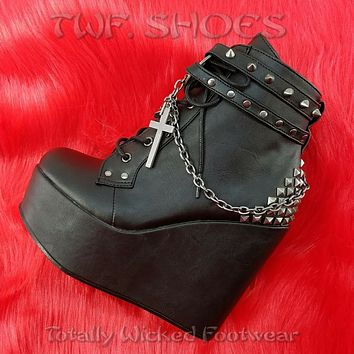 """Poison 101 Charm Chain 5"""" Wedge Heel Goth Ankle Boots US Women Sizes 6-12 NY"""