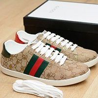 Gucci double g Golden Bee shoes