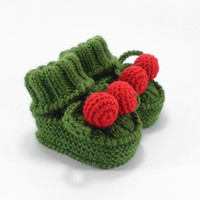 Christmas Baby Booties, Hand Knit Baby Infant Shoes, Green with Red Baby Boots, 3 to 6 months