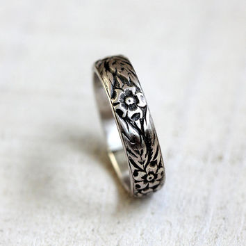 Floral pattern sterling silver woman's wedding band silver flower ring woman's wedding ring