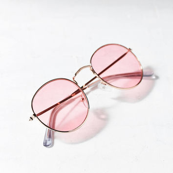 Daydream Metal Round Sunglasses   Urban Outfitters