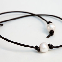 Leather Pearl Choker, Pearl Leather Necklace, White Freshwater pearl, June Birthday, Leather Pearl necklace