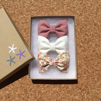 Winter white, textured mauve and pink fall floral hair bow lot for fall.  Seaside Sparrow hair bows make the perfect gift.