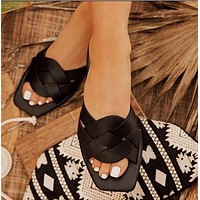 Summer ladies woven solid color slippers beach flat shoes
