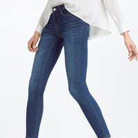 MID-RISE SKINNY JEANS DETAILS