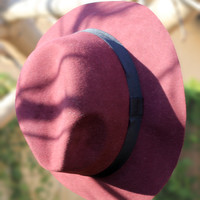 City Chic Hat Maroon