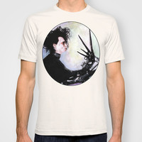 Edward Scissorhands: The story of an uncommonly gentle man. T-shirt by Rouble Rust