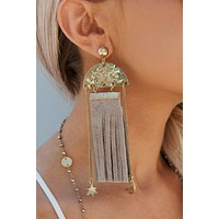 Sunday Funday Drop Earrings (Taupe)