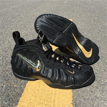 Air Foamposite One Black / Metallic Gold Sneaker Size U8-13