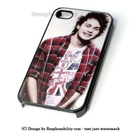 Michael Clifford 5 Seconds Of Summer iPhone 4 4S 5 5S 5C 6 6 Plus , iPod 4 5  , Samsung Galaxy S3 S4 S5 Note 3 Note 4 , and HTC One X M7 M8 Case