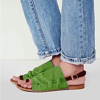 Summer ladies fashion casual toe flat buckle with flat large size sandals Roman shoes Green