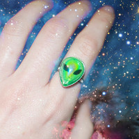 Iridescent Alien Ring / 90s Inspired Space Grunge Ring