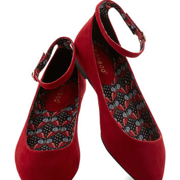 Pleasant Approach Flat in Red | Mod Retro Vintage Flats | ModCloth.com