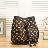 Louis Vuitton Trendy Rope Bucket Bag LV Letter Embroidered Pattern Fashion Ladies One Shoulder Messenger Bag