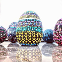 Hand painted ceramic egg: colorful painted egg dot Painting