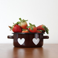 Vintage enamel pot // small brown enameled pot with hearts