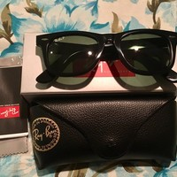 RayBan Wayfarer RB 2140 Polarized Black / green 901/58 50mm