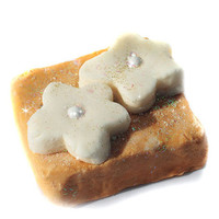 Daisy by Marc Jacobs Solid Bubble Bar