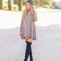 ROMANTIC REALITY SWEATER DRESS - MOCHA