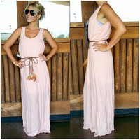 LIKE A FEATHER IN THE WIND MAXI DRESS IN BLUSH