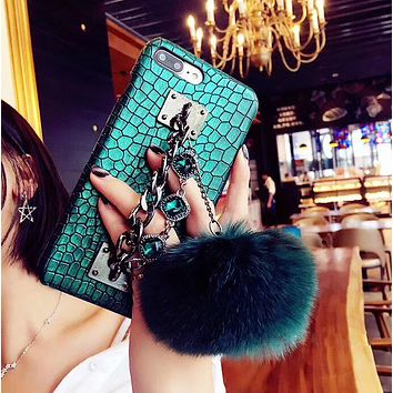 iPhone Mobile Phone Case iphone8/X/7 Fur Pom Pom Studded anti-fall protection cover