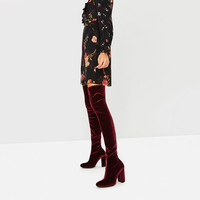VELVET OVER THE KNEE HIGH HEEL BOOTSDETAILS