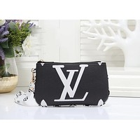 LV Louis Vuitton Newest Trending Women Leather Handbag Wrist Bag Cosmetic Bag Purse Wallet Black