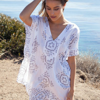 Cool Change Capri tunic in white/shade