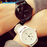 Black White Couple Watches Tables Fashion Harajuku Spell Color Analog Big Dial Men Women Silicone Watch Dress Clock