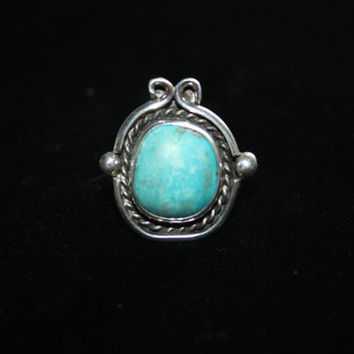 Large Turquoise and Sterling Vintage Ring Size 6 - free ship US