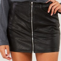 AKIRA Leather Mini Skirt With Exposed Zippered Front in Black