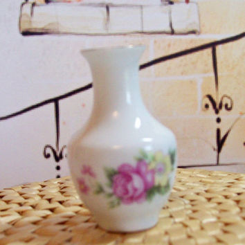 Vintage minature, mini porcelain vase, roses and flowers vase,doll vase,doll house furnishing,diorama