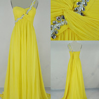 Beach One-shoulder Sweep Train Chiffon Pearl Sequins Long Prom/Evening/Party/Homecoming/Bridesmaid/Cocktail/Formal Dress 2013 New Arrival