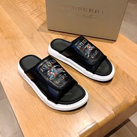 BURBERRY  Popular Summer Women's Flats Men Slipper Sandals Shoes