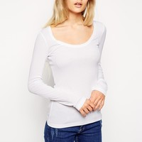 h Long Sleeve and Scoop Neck in Baby Rib