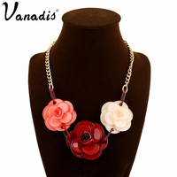 Exquisite Acrylic Flower Choker Necklaces & Pendants Popular Jewelry for Women Brand Statement Necklace Collier Femme Vintage