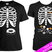 Matching Halloween Couple Shirt Pregnant Skeleton T Shirt Donut Skeleton Ribcage Shirt Halloween Pregnancy Announcement Tshirt MAT-165-82