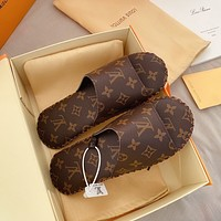 Hipgirls Louis Vuitton LV New Hot Sale Men's and Women's Printed Letters Home Casual Slippers